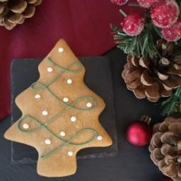 Gingerbread Christmas Tree (2).jpg